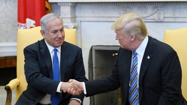 El presidente Donald Trump recibió en la Casa Blanca al primer ministro de Israel, Benjamin Netanyahu, el lunes 5 de marzo de 2018. (Olivier Douliery-Pool/Getty Images)