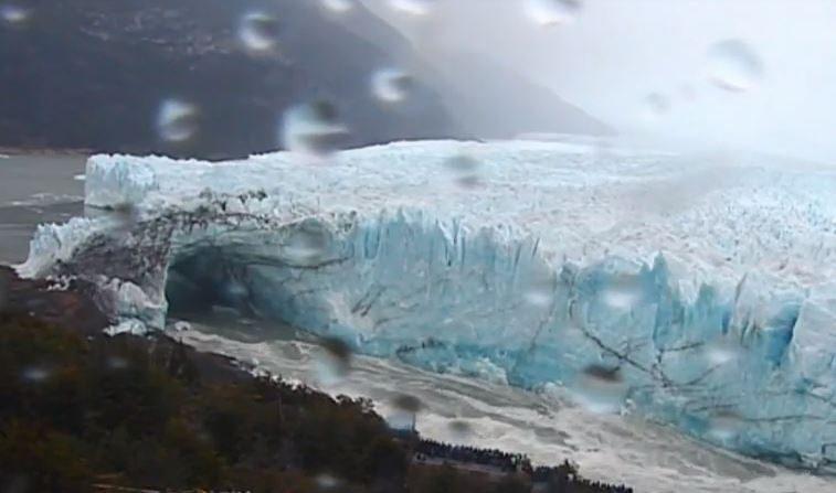 El Glaciar Perito Moreno de Argentina colapsa, estas son las imágenes (Vídeo)