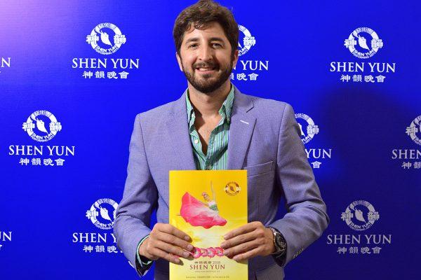 """Shen Yun es """"un banquete para los ojos y los oídos"""", comenta conductor y periodista"""
