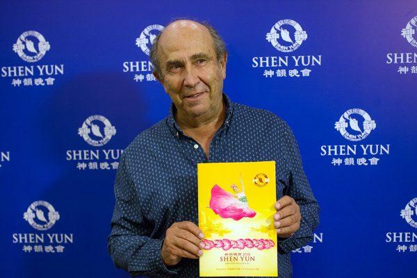 """Shen Yun es un espectáculo que """"llega hondo"""", dice empresario argentino"""