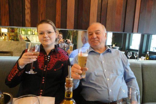 Serguéy y Yulia Skripal fueron envenenados en Salisbury. Permanecen en estado grave