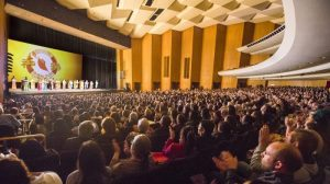 Personalidades importantes alaban a Shen Yun en Long Beach, California