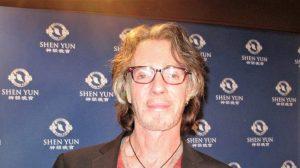 Los artistas de Shen Yun 'pusieron mucho corazón', dice el ganador del Grammy Rick Springfield