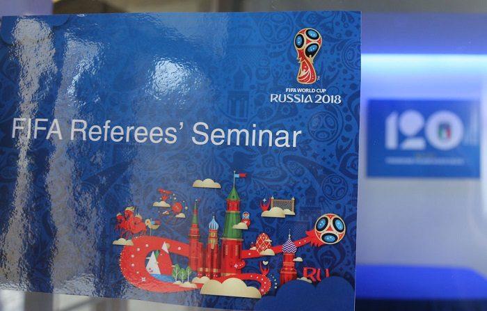 La FIFA seleccionó a trece árbitros VAR para Rusia 2018 durante un seminario con los elegidos de la UEFA. Día de los Medios de Comunicación en Coverciano el 18 de abril de 2018 en Florencia, Italia. (Foto de Gabriele Maltinti/Getty Images)