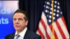 """Servicio de Inmigración responde a acusaciones """"falsas y ofensivas"""" del gobernador de Nueva York"""