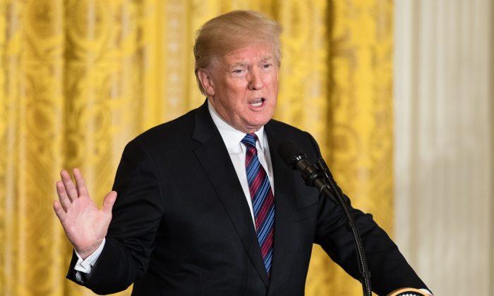 El presidente Donald Trump en una conferencia de prensa conjunta con los presidentes bálticos en la Casa Blanca en Washington el 3 de abril de 2018. (Samira Bouaou / La Gran Época)