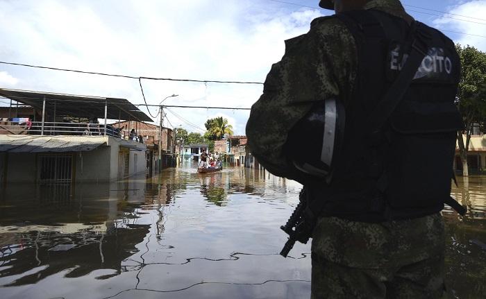 Declaran calamidad pública en una zona colombiana afectada por una hidroeléctrica. Las autoridades departamentales informaron que la creciente del río Cauca, que se presentó el fin de semana, no dejó víctimas mortales ni heridos. EFE/Archivo