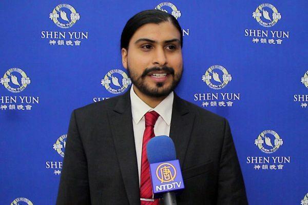 """Shen Yun """"me impresionó mucho"""", exclama editor mexicano"""