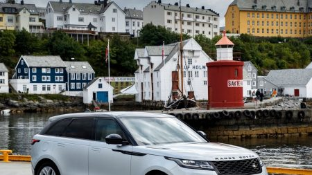 Nuevo Range Rover Velar, con factor ¡WOW!
