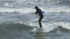 'Cold Hawái' se hizo famoso por ser el paraíso del surf en Dinamarca