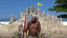 Un hombre cumple el sueño de vivir en la playa de Río, nada menos que en un castillo de arena