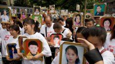 En el décimo aniversario del terremoto de Sichuan, las autoridades chinas hostigan a periodistas y padres de niños fallecidos