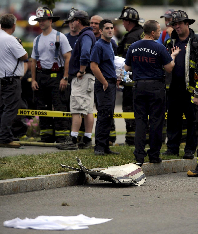 Un herido leve al estrellarse un avión en Texas con 21 personas abordo