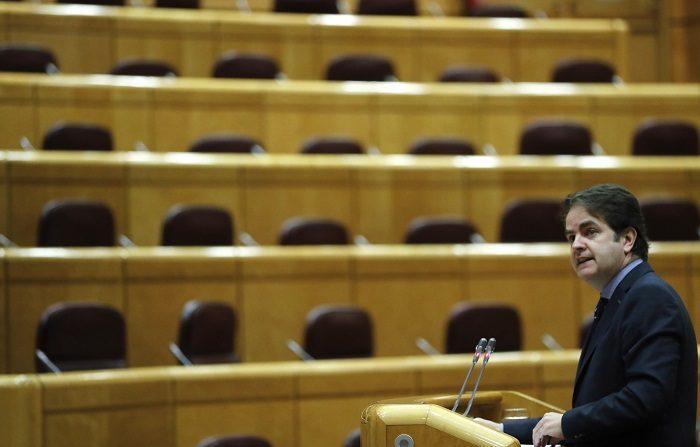 """El secretario de Estado reconoce que la moción ha sido """"traumática"""" para el PP El secretario de Estado para las Administraciones Públicas en funciones, Roberto Bermúdez de Castro. EFE"""