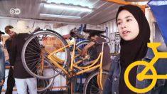 Jóvenes en Marruecos apuestan a la bicicleta para su futuro