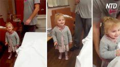 Mama invita a su pequeña hija a subir a su cama y conocer a su nuevo hermanito. Observa su reacción