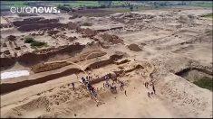 Descubren en Perú sitio arqueológico del mayor sacrificio infantil del mundo