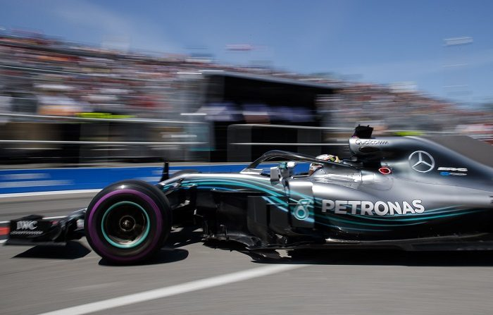 British Formula One driver Lewis Hamilton of Mercedes AMG GP in action during the third practice session at the Gilles Villeneuve circuit in Montreal, Canada, 09 June 2018. The 2018 Canada Formula One Grand Prix will take place on 10 June. (Fórmula Uno) EFE/EPA/VALDRIN XHEMAJ