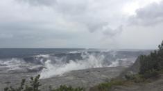Grandes cambios en el cráter del volcán Kilauea muestra sobrevuelo