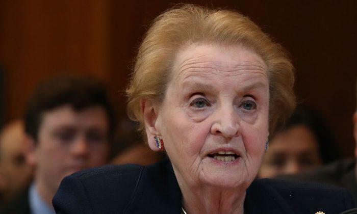Madeleine Albright: China es para Estados Unidos una amenaza más grande que Rusia