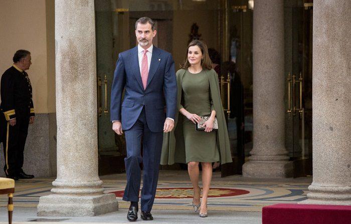 El Rey Felipe VI de España y la Reina Letizia. (Pablo Cuadra/Getty Images)