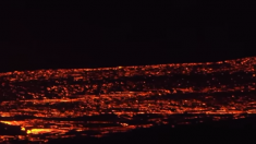 Extraordinarias imágenes nocturnas de la lava del volcán Kilauea después de un mes de erupción