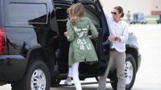 Primera Dama de EE UU. usa una chaqueta para enviar un mensaje a los medios de prensa