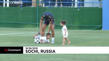 La selección de Brasil decidió realizar un entrenamiento en familia