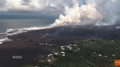 La lava del Kilauea fluye hacia el mar creando nuevas tierras