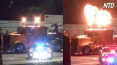 ¿Conoces el camión a chorro más veloz del mundo? Mira la ráfaga de fuego que deja a su paso