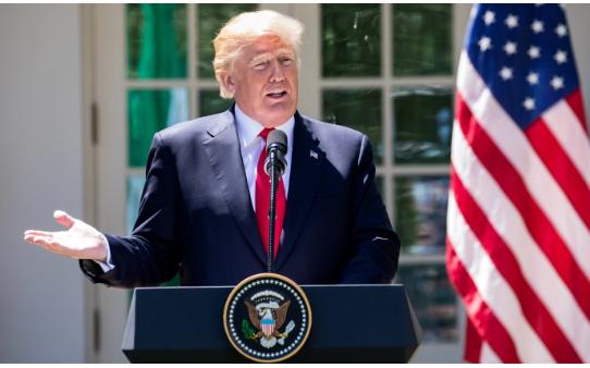 El presidente Donald Trump habla en el Rose Garden de la Casa Blanca en Washington el 30 de abril de 2018. (Samira Bouaou / La Gran Época)