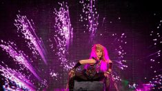 """Shakira contagia el Sant Jordi con la """"fiebre amarilla"""" de """"El Dorado"""""""