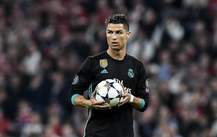 El Real Madrid ha informado este martes de que ha llegado a un acuerdo con el Juventus Turín para el traspaso del delantero portugués Cristiano Ronaldo al club italiano. EFE/ Archivo