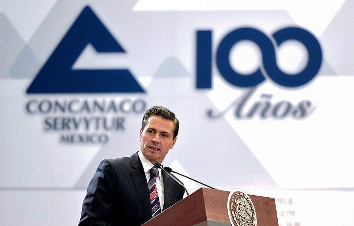 El presidente de México, Enrique Peña Nieto, calificó hoy de orgullo para su país la actuación de la marchadora Alegna González y el saltador Roberto Vilches, que ganaron sendas medallas de oro en los Mundiales de Atletismo sub 20, disputados en Finlandia. EFE/Archivo