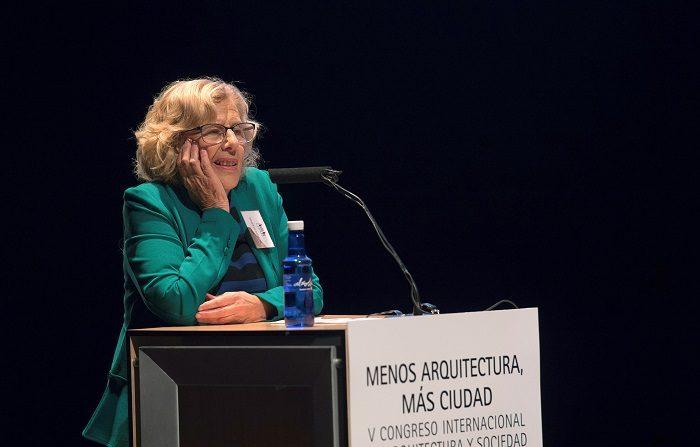 La alcaldesa de Madrid, Manuela Carmena, se reunió hoy en Nueva York con representantes de organizaciones de alcaldes como preámbulo al Foro de Alto Nivel sobre desarrollo Sostenible de la ONU, donde mañana pedirá que se tome en cuenta a las ciudades en la implementación de la Agenda 2030. EFE/Archivo