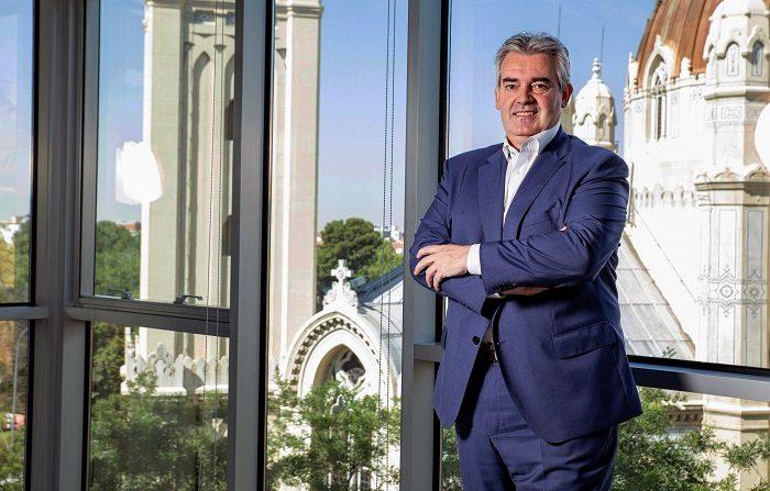 El grupo financiero ecuatoriano Pichincha abrirá en Madrid una sucursal de su nuevo banco directo con modelo 100 % digital, Pibank, oficina que abrirá sus puertas en la primera semana de septiembre y que estará ubicada en el número 49 de la calle Velázquez de la capital. EFE