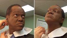Este reportero de televisión se aplicó maquillaje durante años, pero un día revela su imagen real