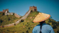 Historias chinas antiguas: la niña de 8 años que rodó sobre una cama de clavos