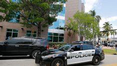 La Policía investiga la caída de un posible cadáver de una mujer, de un auto en Miami
