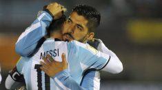 Apoyé a Messi después que Argentina fue eliminada, confesó Suárez