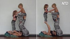 Esta mamá inventa una divertida rutina de yoga para incluir a sus hijos e inspirar a otros padres