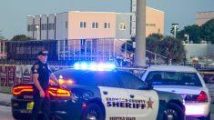 Rescatan 3 niños en un accidente de auto después de una persecución a alta velocidad en Florida