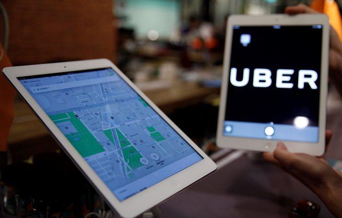 Mientras ciudades como Buenos Aires, Madrid, Barcelona o Londres debaten sobre el impacto de los vehículos con conductor (VTC) en el transporte y en el negocio de los taxis, Nueva York dio hoy un paso al frente y se convirtió en la primera gran ciudad en limitar las licencias de compañías como Uber o Lyft. EFE