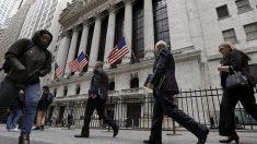 Gran número de reclamos de desempleo en EE.UU. indica un largo camino para la recuperación económica