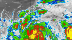 Poderoso ciclón John se unirá al huracán Ileana frente a las costas de México