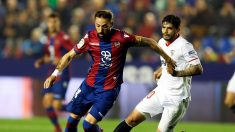 El Sevilla se da un festín a costa de un irreconocible Levante 6-2