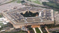 El Pentágono admite que investiga avistamientos de OVNIs, dice informe