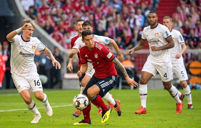 James Rodríguez del Bayern de Múnich autor del tercer gol, del partido de fútbol de la Bundesliga alemana entre el FC Bayern de Múnich y el Bayer 04 Leverkusen en Múnich, Alemania, el 15 de septiembre de 2018. (Alemania) EFE/EPA/MARC MUELLER