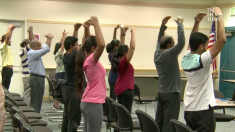 La gente de California está feliz con estas clases de meditación que les han traído bienestar