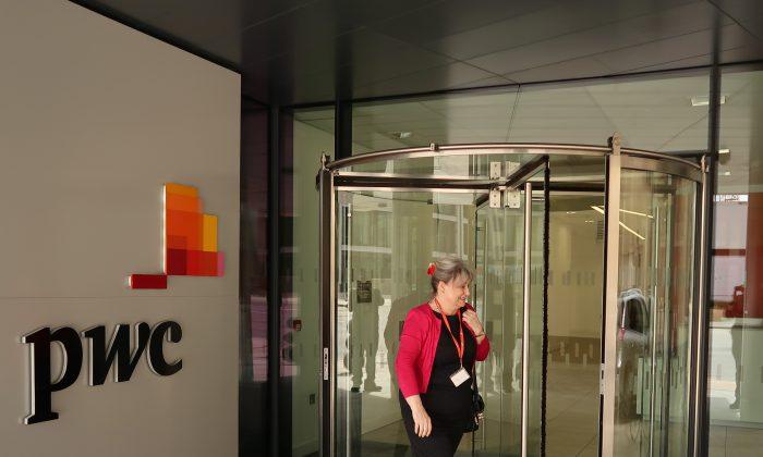 Las oficinas de PricewaterhouseCoopes en St. Helier, Jersey, Reino Unido, el 12 de abril de 2017. Ese mes, hackers con sede en China atacaron a PwC a través de sus proveedores de servicios de IT. (Matt Cardy/Getty Images)